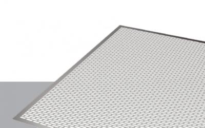 Tablă perforată cu perforatii alungite